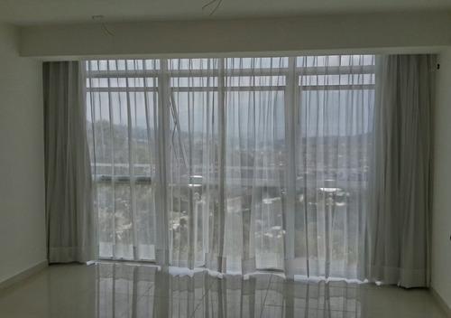 Venta y confeccion de cortinas clasicas incluye tela bs for Precio de cortinas