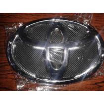 Emblema De Parrilla Toyota Yaris 2006-2012 Nuevo