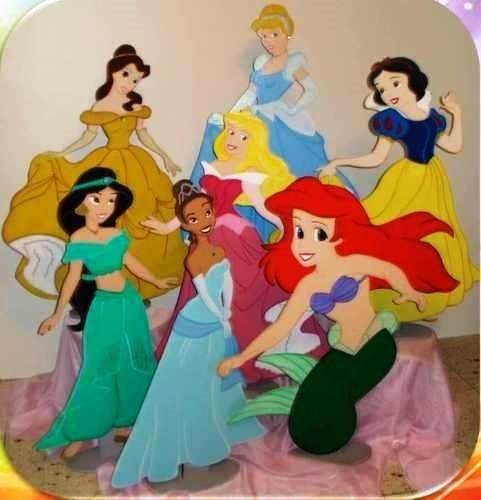 Alquiler de figuras y decoraci n princesas disney fiestas for Muebles de princesas disney