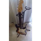 Guitarra Electrica Squier Fender Con Su Forro.