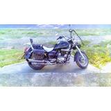 Moto Um Renegade 200 Cauchos Nuevos!!!