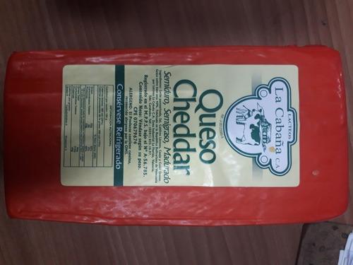 Queso Blanco Pasteurizado/ Amarillo Gouda / Cheddar/ Ricotta