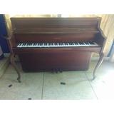 Piano Yamaha Vertical