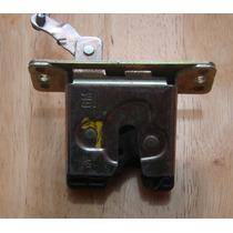 Cerradura Inferior Para Maletero Corsa 3 Puertas