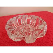 Bello Cenicero De Cristal Tallado. Importado.diametro 15 Cms