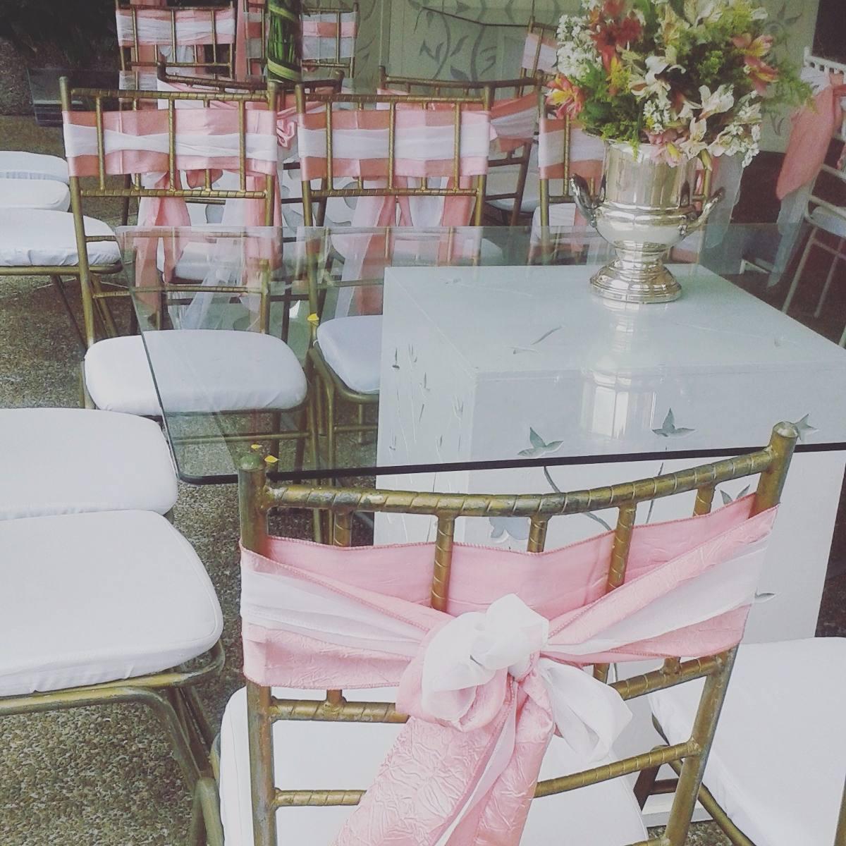 Agencia de festejos alquiler sillas mesas vajillas puffs for Sillas para festejos