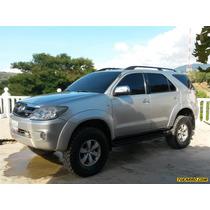 Toyota Fortuner Sr (7ptos) 4x4 - Automatico