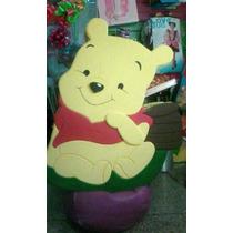 Winnie Pooh Piñata Tallada Anime
