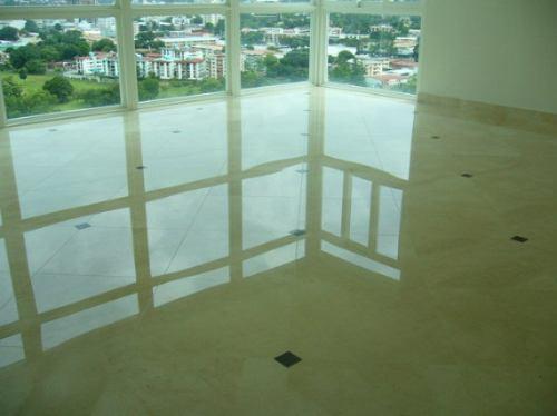 Mantenimiento pisos emplomado y cristalizado en hogar for Tipos de pisos de granito