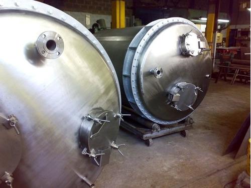 Fabricación De Equipos,tanques, Barandas En Acero Inoxidable