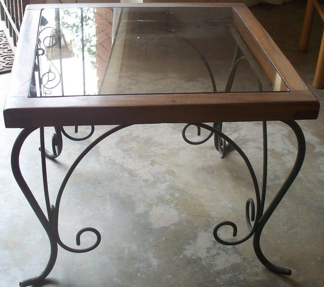 mesa de centro de vidrio y hierro forjado car interior