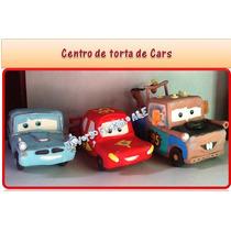Centro De Torta De Cars En Masa Flexible