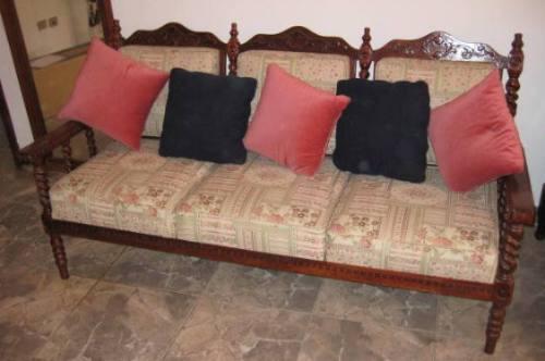 Juego De Mueble Colonial En Madera Tallada  Bs 150000,00 en