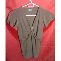 Bella Blusa Para Dama Escotada Y Con Diseño Muy Llamativo