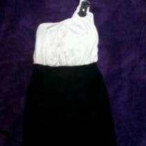Vestido Blanco Y Negro Corto