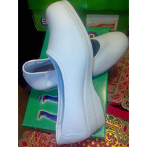 Zapatos Enfermera.erreuno 39 Y 40.calerma 38.precio 13500