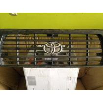 Parrilla Frontal De Toyota Autana