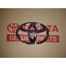 Emblema Parrilla Camisa Toyota Fortuner 2009 A 2011 Original