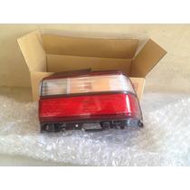 Stop Trasero Rh De Toyota Corolla 97-98 Original