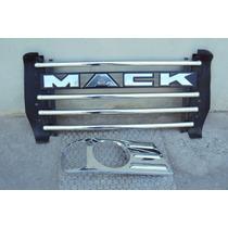 Parrilla Delantera Y Aro Faro Der. Para Mack Modelo Granite