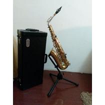 Saxofon Alto Marca Jupiter Custom 2000