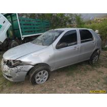 Chocados Fiat Sedan