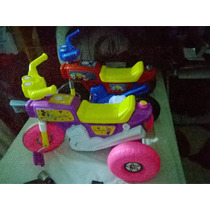 Moto Triciclo Famosa De Niño De Cart Y Niña De Princesa