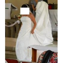 Vestido De Novia Espectacular Con Zapatos Y Almohada