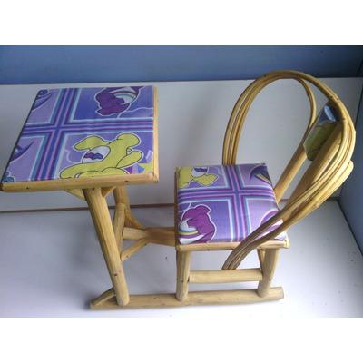 pupitre silla de comer bebes ni os y ni as mecedora comoda bs en mercado libre. Black Bedroom Furniture Sets. Home Design Ideas